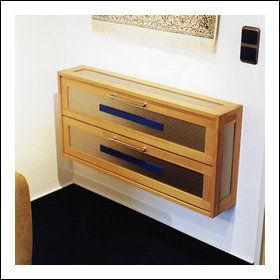 cd schrank cd regal ausklappbar in buche und edelstahl. Black Bedroom Furniture Sets. Home Design Ideas